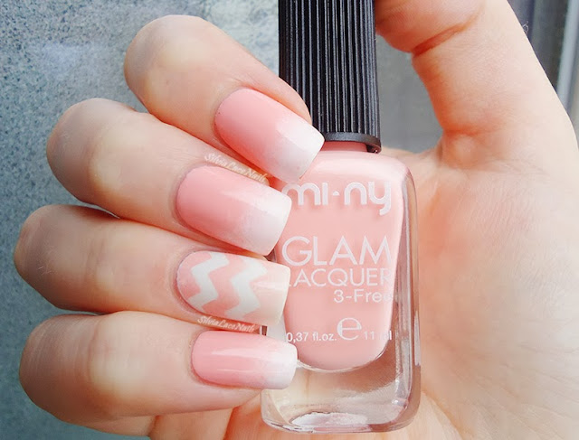 Silvia Lace Nails: pink gradient for Breast Cancer Awareness month