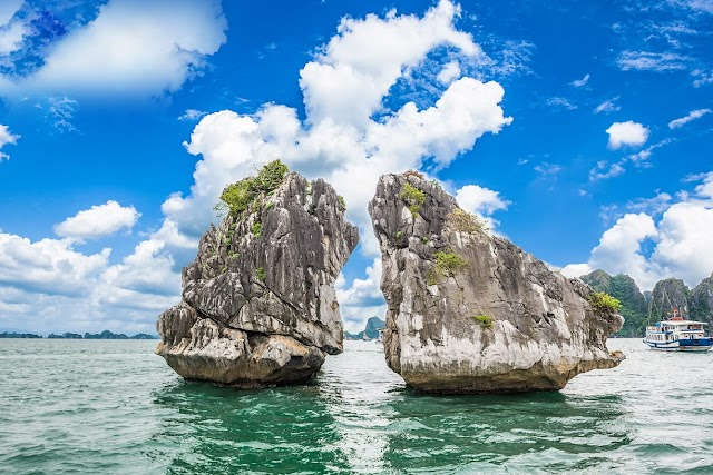 'Felling the heart' with the beauty of Halong