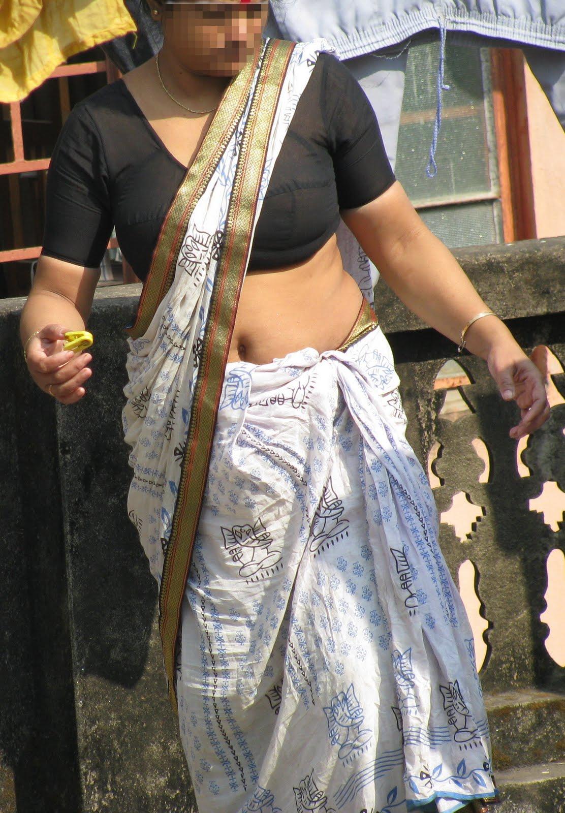 Exotic India Indian Kamwali Bai Hot Sexy Maid Server Real -8054