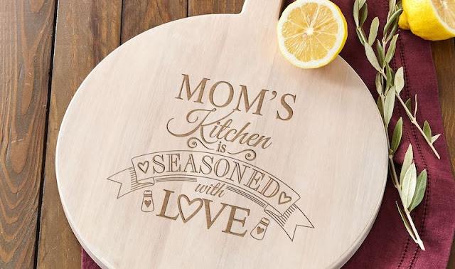 Cutting Board with Heartwarming Messages