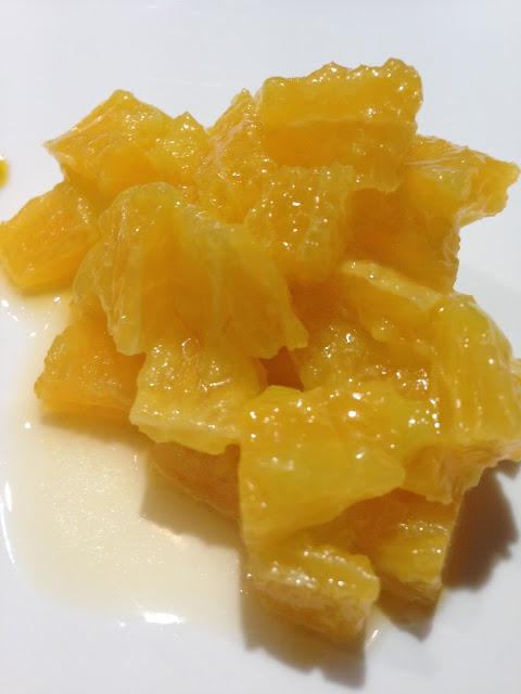 Naranja en vivo con AOVE. Ensalada acidulde.