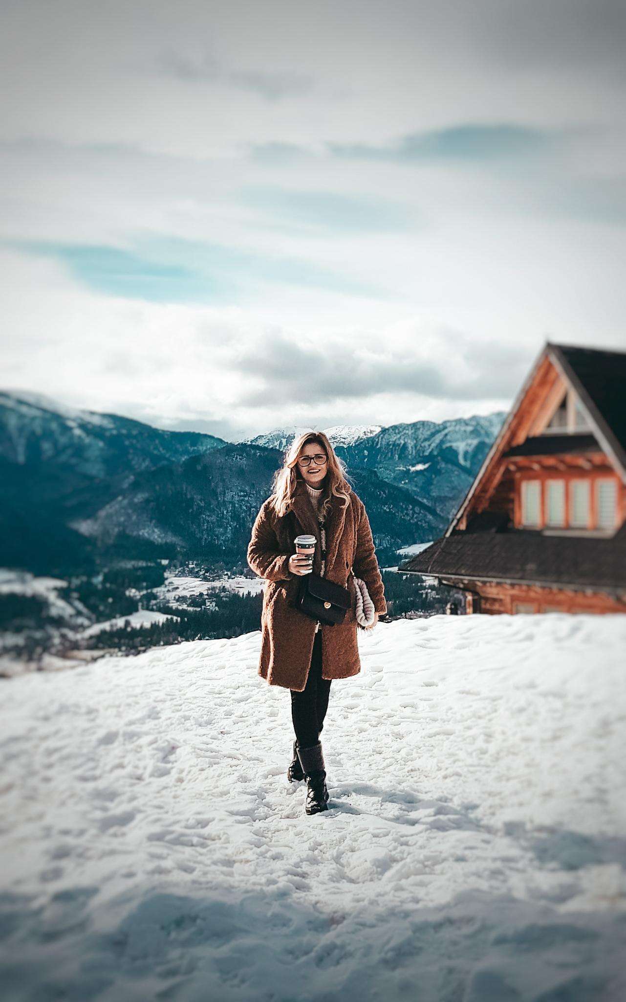 Ciepłę buty do chodzenia po  górach, ciepłe śniegowce