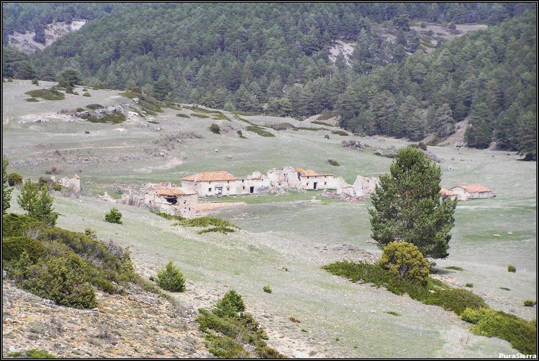 Villanueva De Las Tres Fuentes. Situación (1)