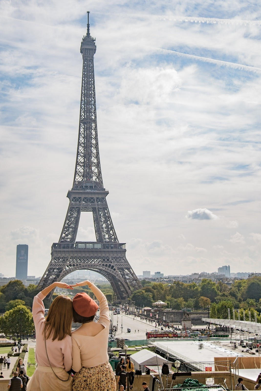 Book Recommendation: Lessons From Madame Chic: 20 Stylish Secrets I learned While Living in Paris by Jennifer L. Scott,