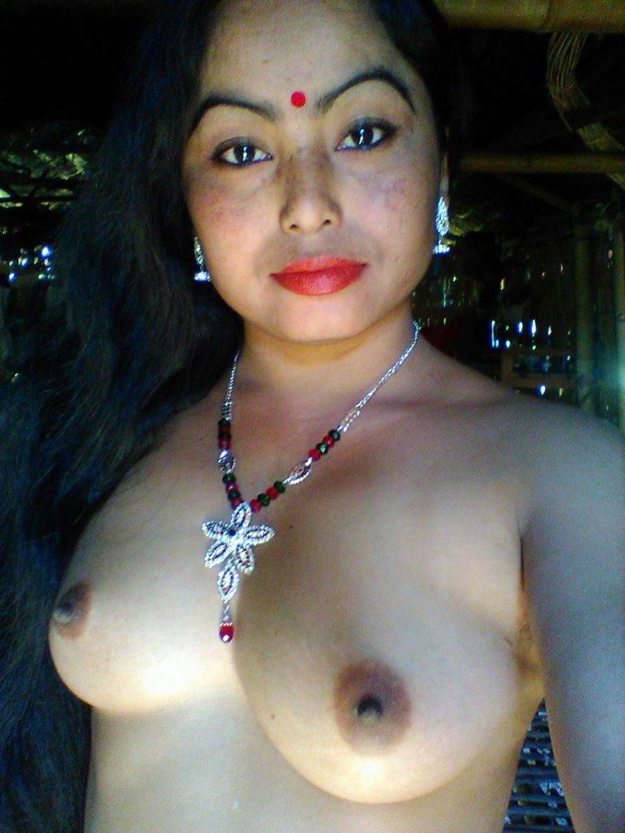 Desi village girl showing her pussy and boobs