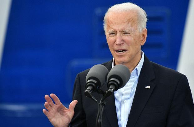 Biden quiere que inmigrantes indocumentados accedan a vacuna del covid-19