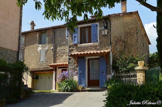 Maison de Provence dans le sud de la France