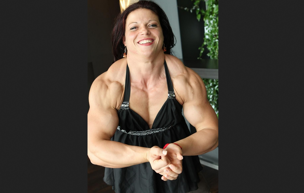 Top 4 Biggest and amazing Female Bodybuilders 2019 : 4. Elena Oana