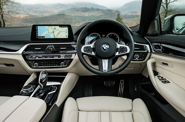 Interior BMW 530i M Package