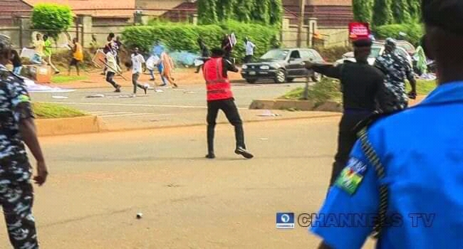 June 12 protest: police shoot directly at protesters