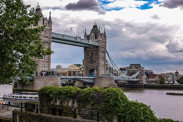 PROS OF LIFE IN ENGLAND | JAKIE SĄ PLUSY ŻYCIA W ANGLII?