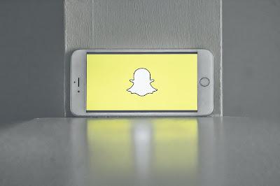 Snapchat يجذب المزيد من المستخدمين اليومية رغم تراجع في الإيرادات