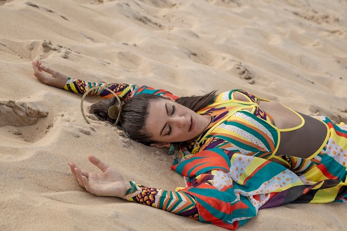 Cantora italiana Aramà se apaixona e faz conexão com o Brasil por meio da música
