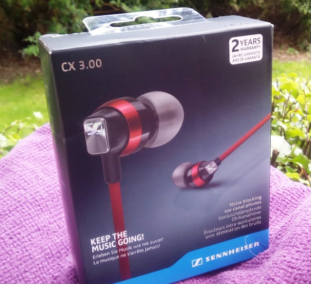Sennheiser Cx 3.00 Earphones Alongside Powerful Bass Together With Audio Quality!