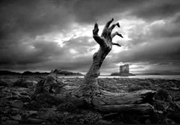 Tujuh Rupa Mayat di Dalam Kubur Sesuai Amal di Dunia