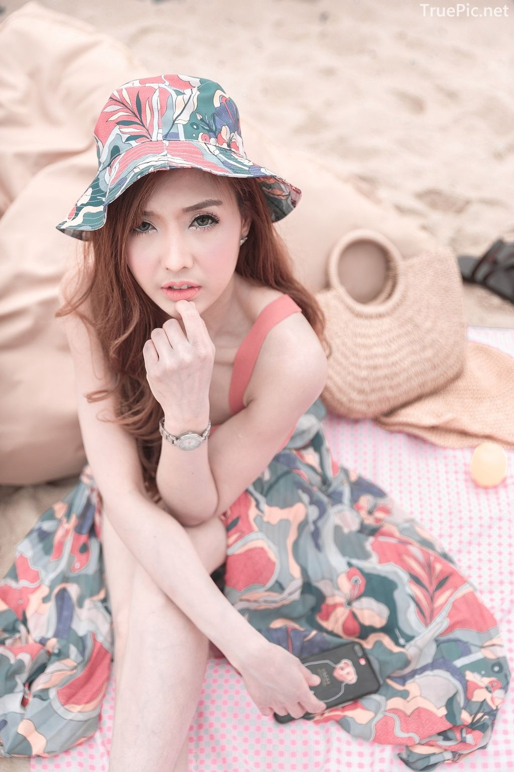 Thailand model - I'nam Arissara Chaidech - Pink Bikini on the beach - TruePic.net - Picture 17