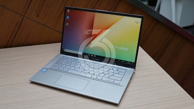 Asus Vivobook S412 notebook PC, complete with a clever numeric keypad