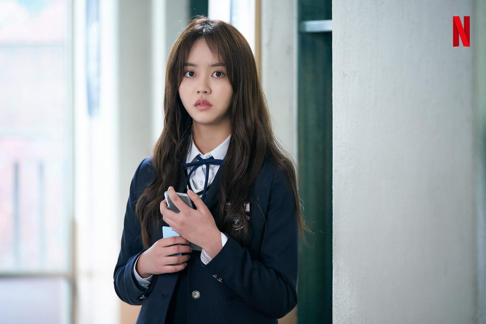 250719 Netflix Merilis Foto Karakter Kim So Hyun X Song Kang X Jung Garam Untuk Love Alarm Kim So Hyun Indonesia