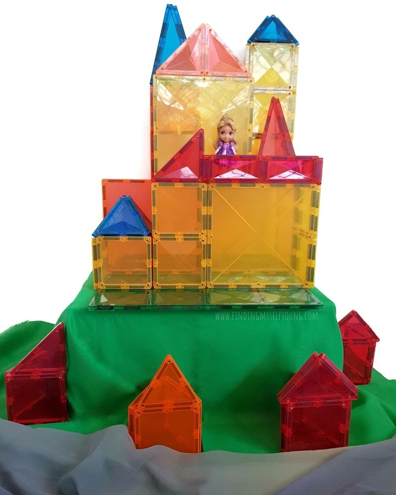 carona castle made from magnetic tiles