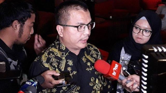 Denny: Sesuai Amanah UUD, MK Paling Enggaknya Diskualifikasi Jokowi-Ma'ruf
