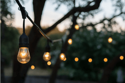 5 Concepts for Using Rustic Lighting in the Backyard