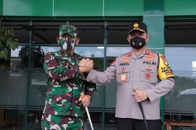 Desak Copot Irjen Fadil dan Dudung, Fadli Zon: Keduanya Penyebab Publik Hilang Percaya