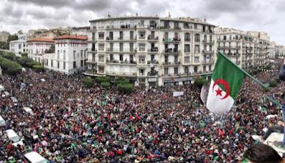 بالفيديو..انطلاق مظاهرات بشعارات قوية في عدة مدن جزائرية وأنباء عن اعتقالات جديدة