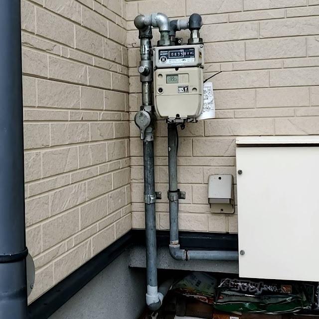 プロパンガス:ガス供給設備の修繕をしました。
