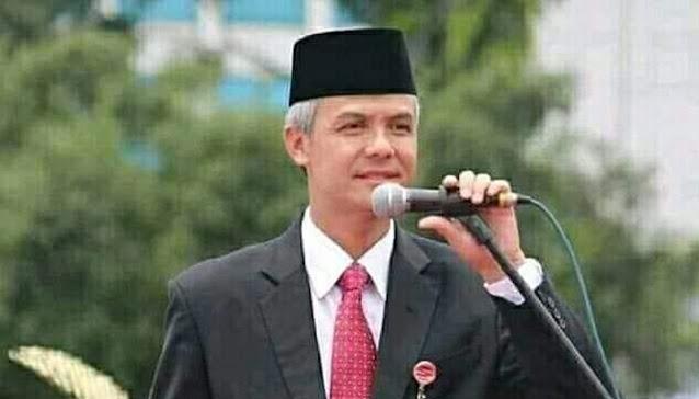 Wasekjen PDIP Persilakan Ganjar Pranowo Maju Capres Melalui Partai Lain