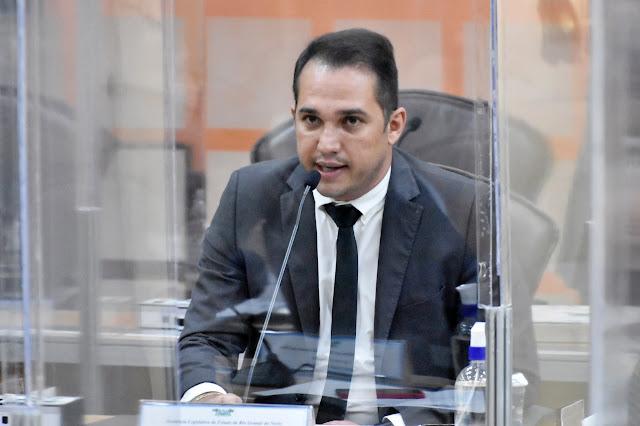 Kleber Rodrigues chama atenção para aumento do desemprego no RN
