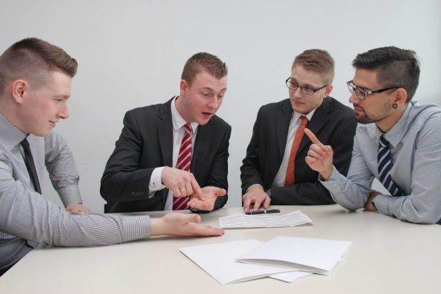 Pemuda rutin berdialog dan diskusi