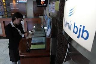 frontliner bank bjb,pegawai bank bni,pegawai bank mandiri,pegawai bank swasta,pegawai bank danamon,pegawai bank cimb niaga,pegawai bank,pegawai bank mandiri,gaji pegawai,