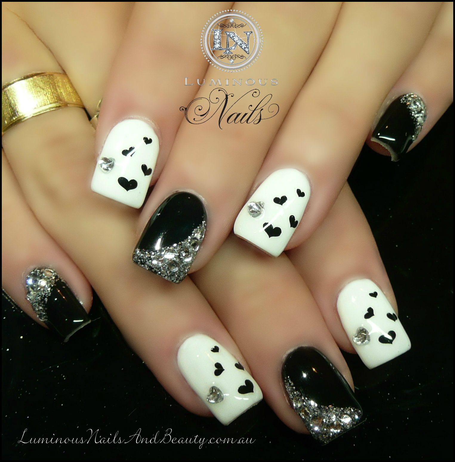nail designs black and white