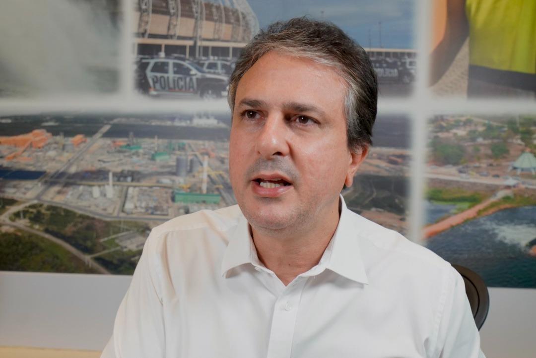 Governo do Ceará vai pagar 50% do salário mínimo para novos trabalhadores do comércio e serviços