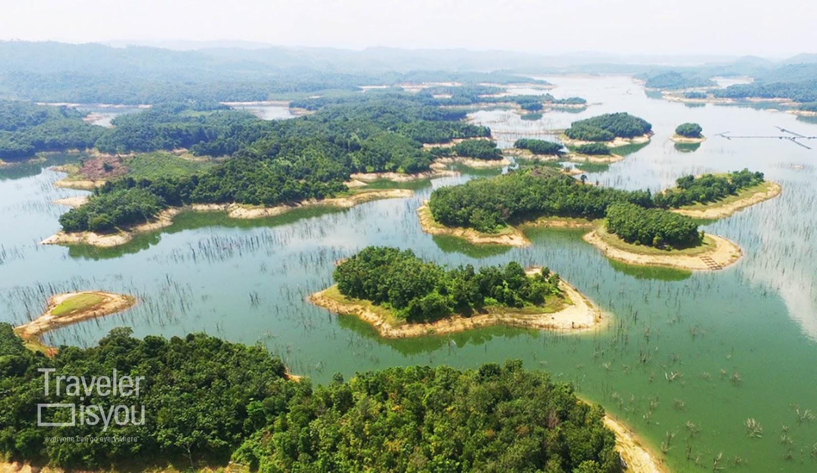 plta koto panjang lake is a hydroelectric resources in kampar regency riau province