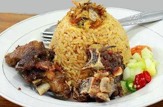 https://resepabu.blogspot.com/2017/08/resep-nasi-tomat-khas-arab.html