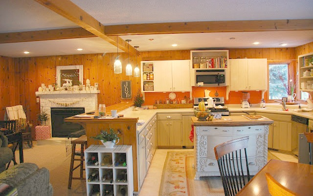 Kitchens Walls Painted Gray With Offwhite Cabins
