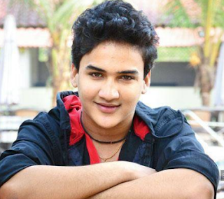 Faisal Khan Family Wife Son Daughter Father Mother Marriage Photos Biography Profile