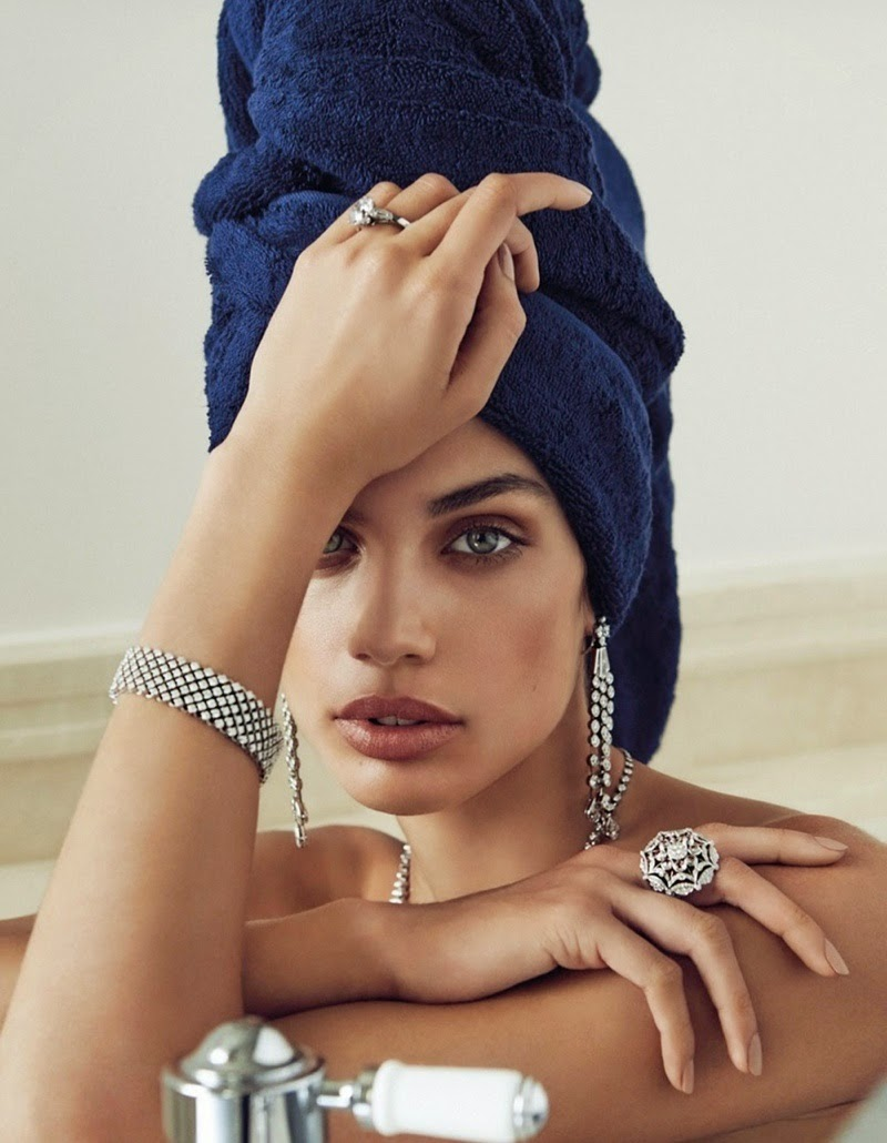 Sara-Sampaio-By-Alvaro-Beamud-Cortes-For-Vogue-Spain-04