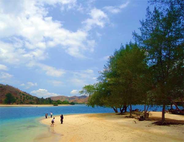 Indahnya Gili Sudak Lombok