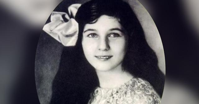 На первый взгляд, на фото обычная милая девушка. Когда узнаешь, кем она была, проглотишь язык!