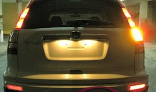10 Cara Memperbaiki Lampu Sein Mobil Mati Tidak berkedip
