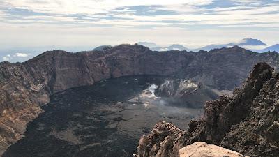 Neng Nongki Gunung Raung Perjalanan Menggapai Puncak Sejati 3344 Mdpl