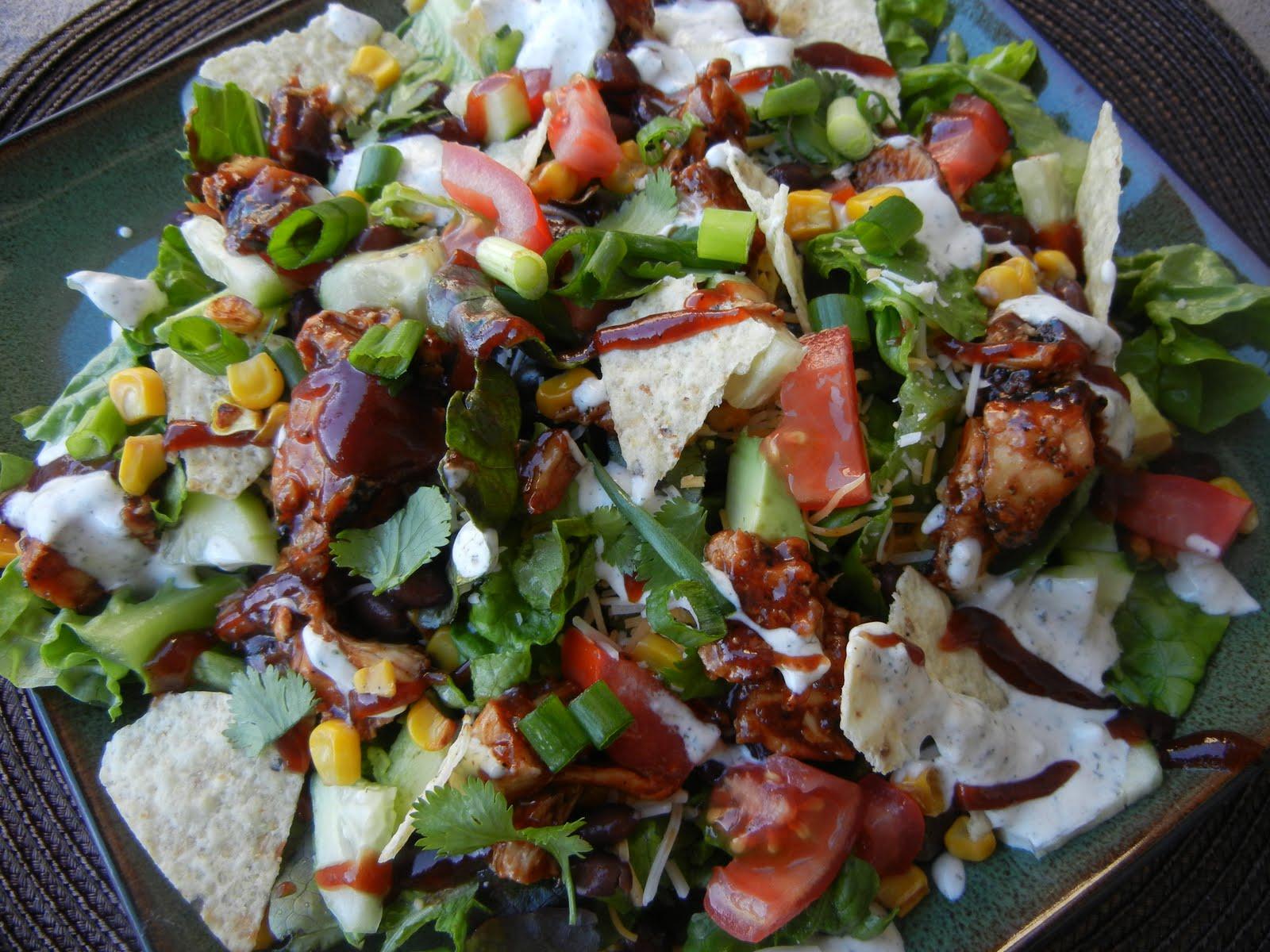 Groovy California Pizza Kitchen Bbq Chicken Chopped Salad Interior Design Ideas Skatsoteloinfo