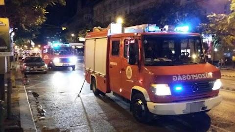 Egy férfit újra kellett éleszteni: kigyulladt egy pince Budapesten