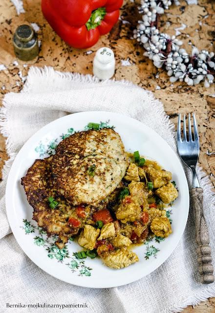 obiad, curry, placki, ziemniaki, placki ziemniaczane, gulasz, indyk, piers z indyka, bernika, kulinarny pamietnik