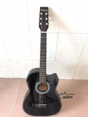 Bán đàn guitar acoustic diduo màu đen giá 7 trăm