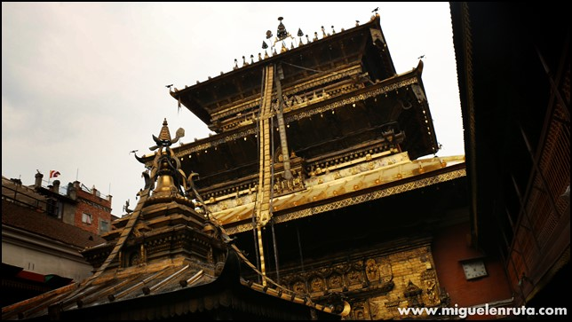 Golden-Temple-Patan-Nepal_5