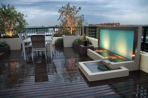 10 Desain Taman Belakang Dengan Kolam Air Terjun Mini Yang Mengagumkan - 004