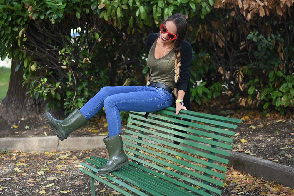 abbinamento stivali da pioggia